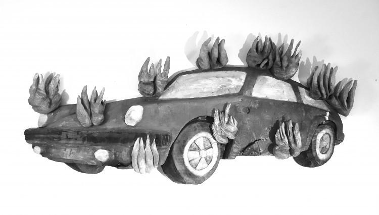 Art Alarm – Daniel Wagenblast, feuerwehrauto, 2019, Lack auf Holz, 140 cm x 60 cm x 10 cm